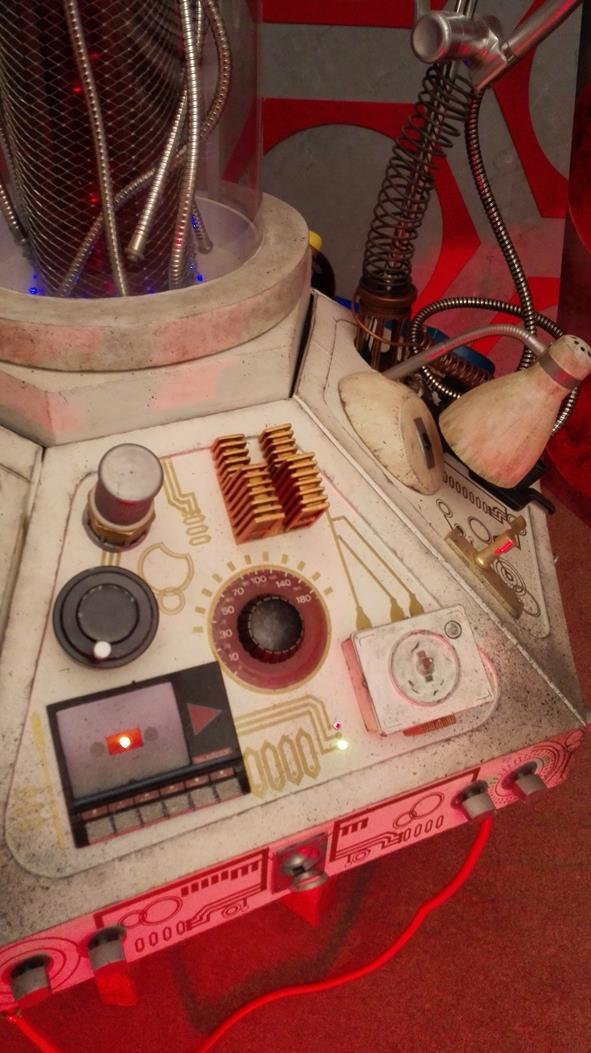 13. Panel 6 Answer Machine.jpg
