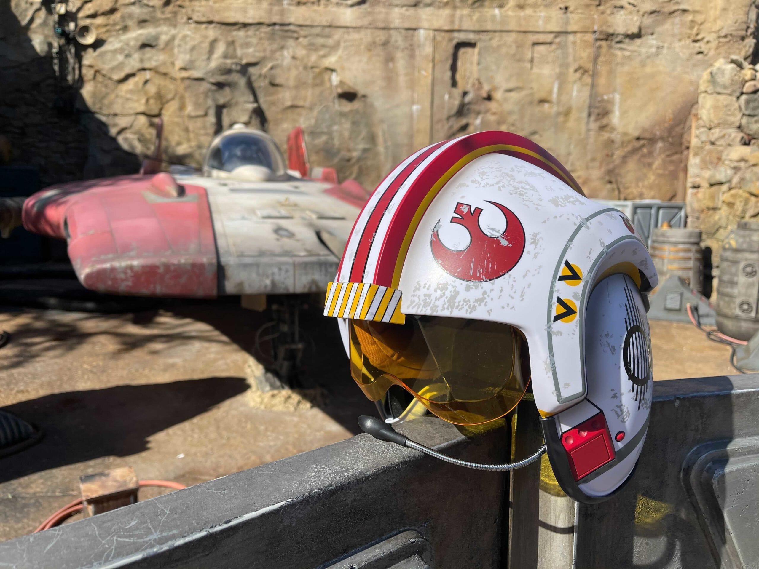 adult-x-wing-helmet-11-2289452-scaled.jpg