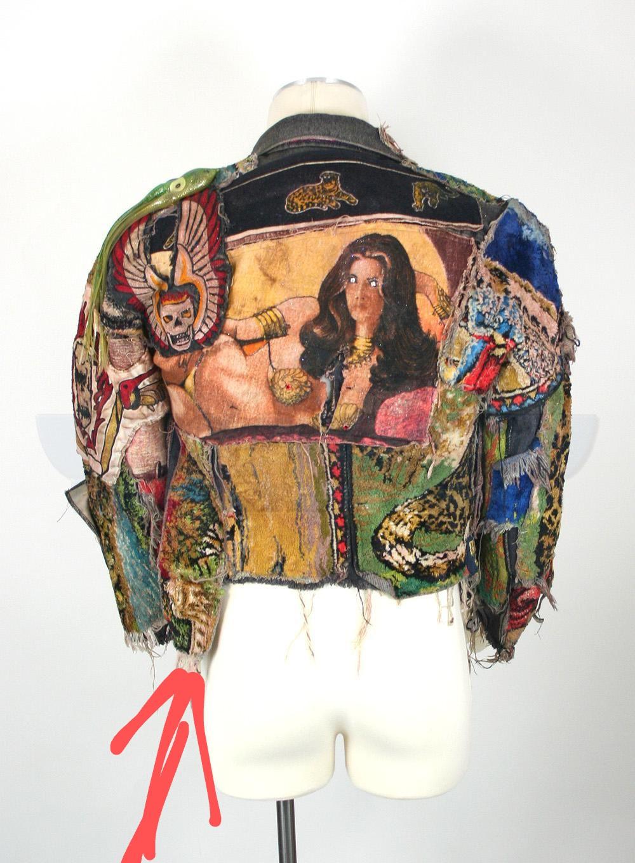 Alas-the-mystical-and-gorgeously-elaborated-jacket-worn-by-Alex~2.jpg