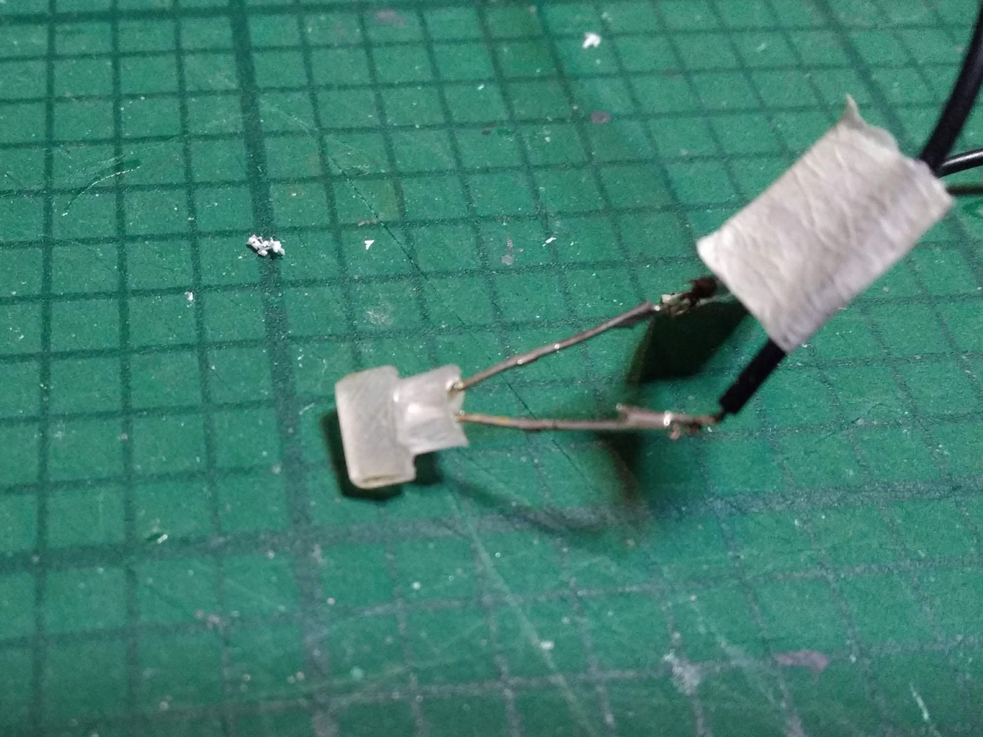 APC_210103_Sidelamp.jpg
