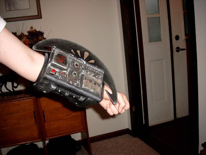 Armblade.jpg