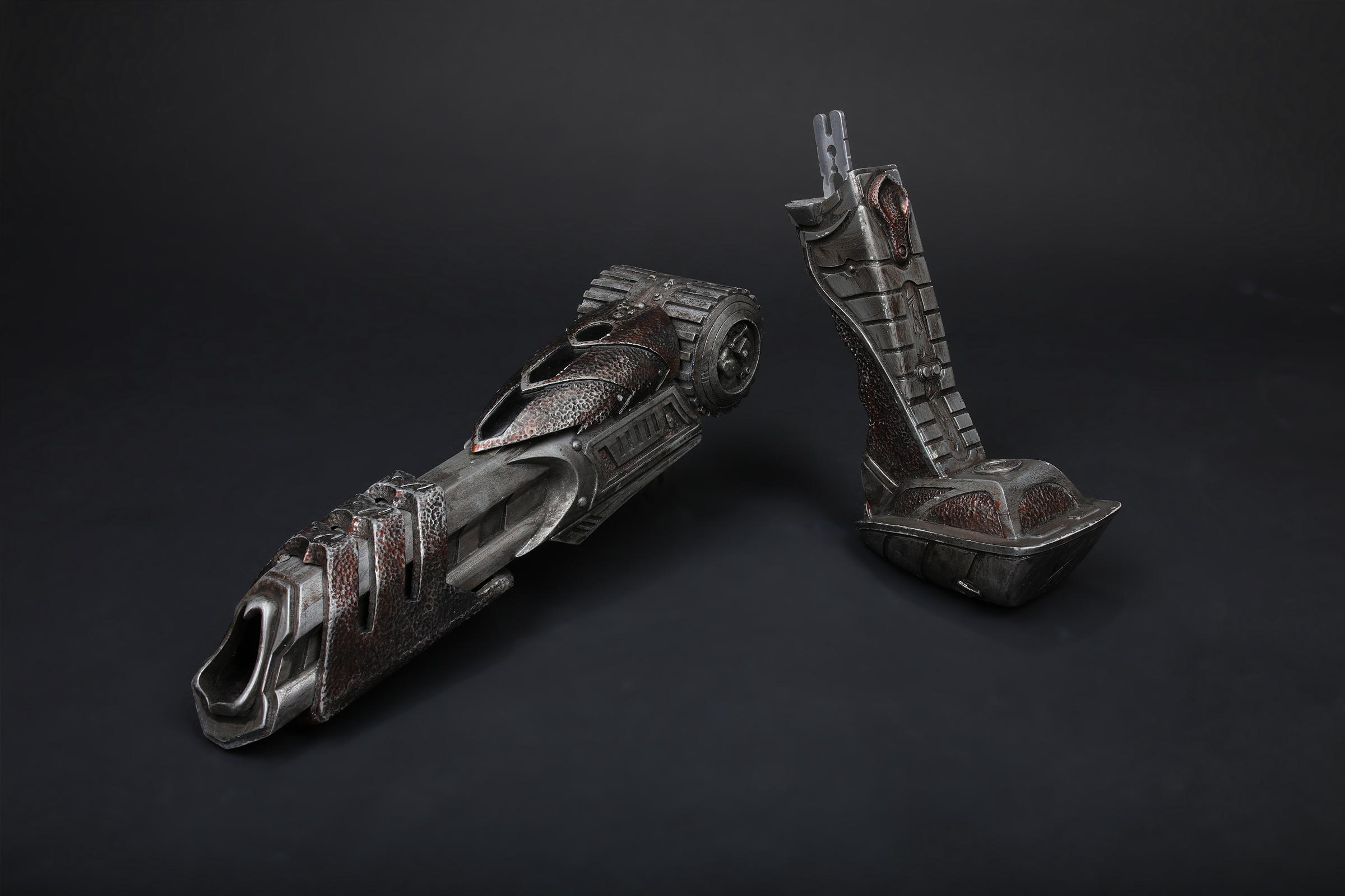 avpr-wolf-predator-plasma-cannon-02.jpg