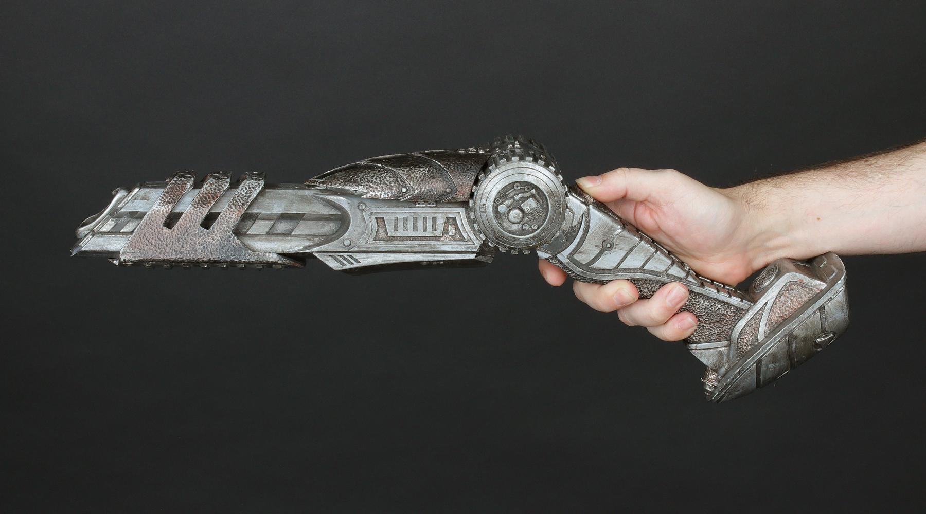 avpr-wolf-predator-plasma-cannon-04.jpg
