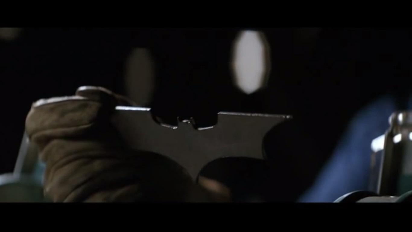 Batarang_batman_begins_4.jpg