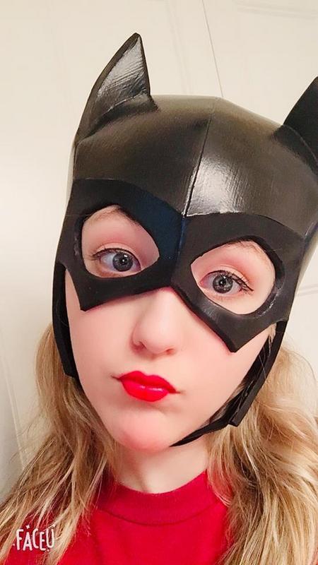 batgirl-cowl.jpg