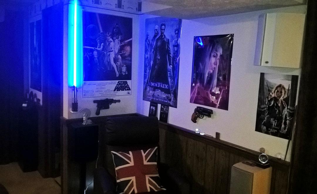 Blade Runner 2049 Corner Blaster Mounted 02s.jpg