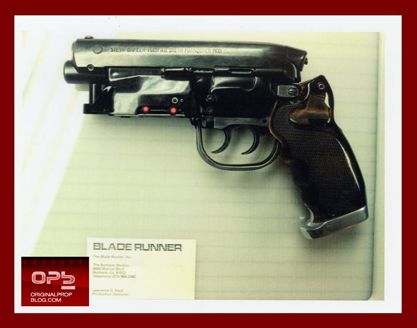 blade-runner-deckard-hero-pistol-movie-prop-profiles-in-history-1981-02.jpg