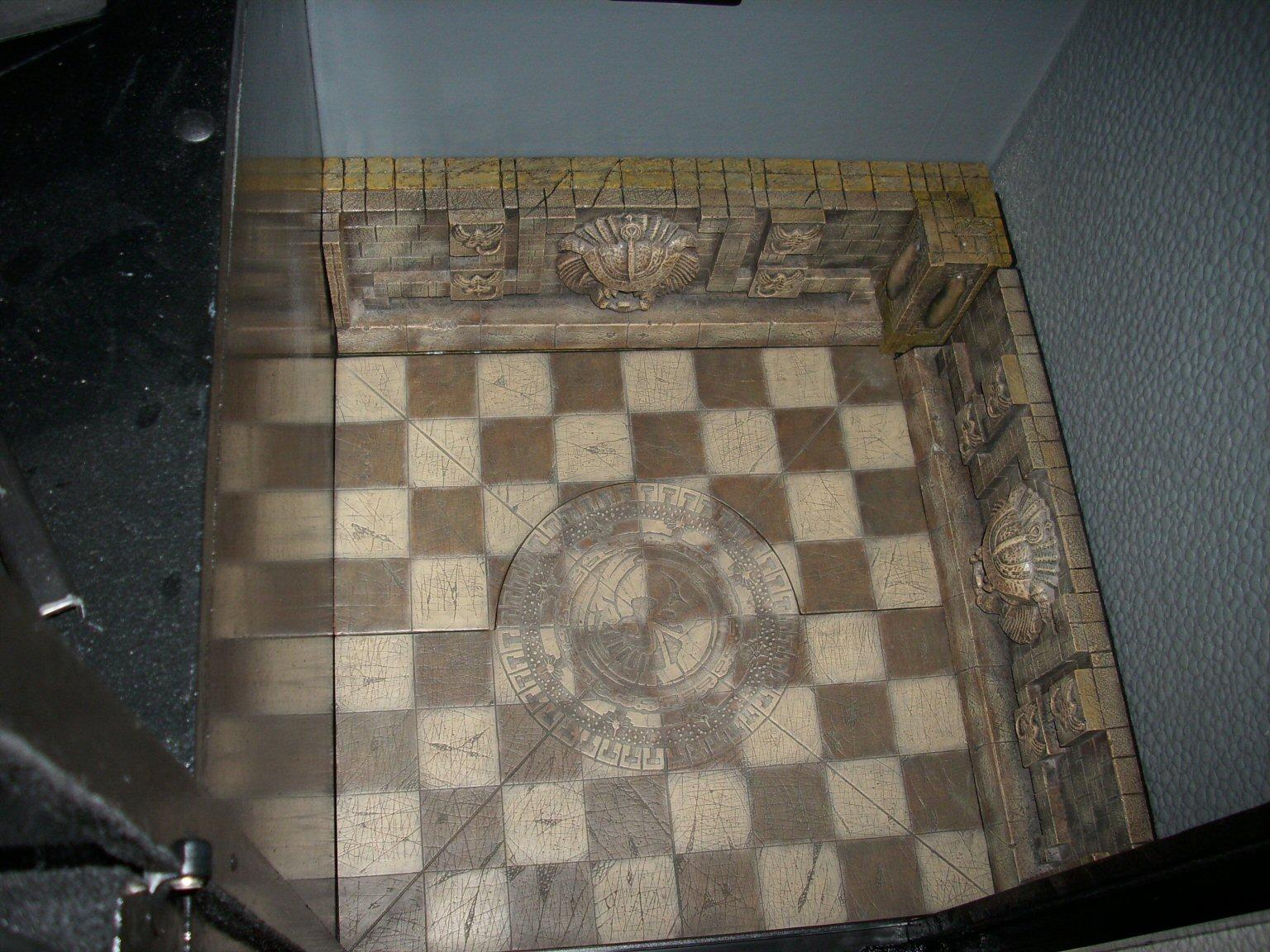 c_chess_set_base_2.jpg
