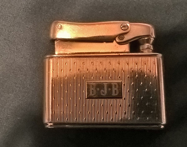 Colibri Mother of Pearl Wick Lighter 03s.jpg