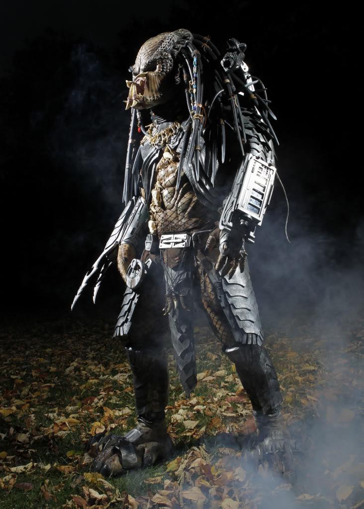 CostumeMaker03.jpg