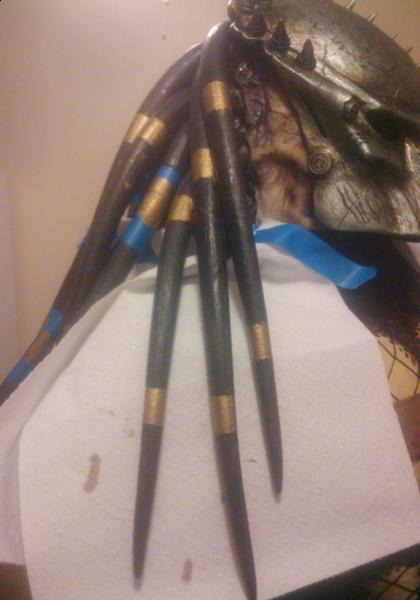 e52207-i-couldnt-afford-real-gold-dread-beads-so-i-taped-off-sections-painters-tape-painted-them.jpg