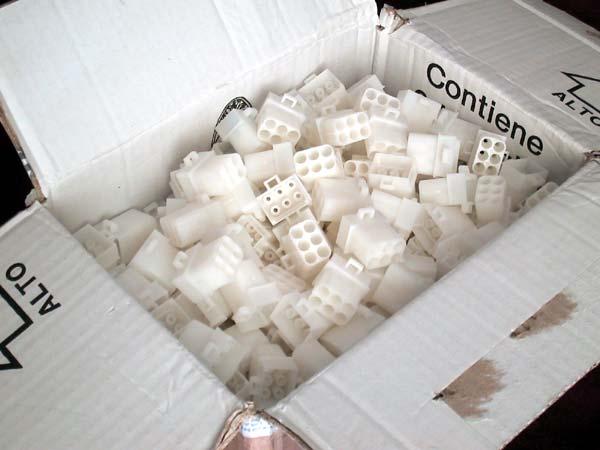 Fett-Connector-Blocks.jpg