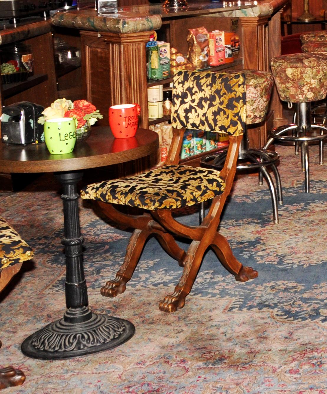 Friends Chair 1.jpg