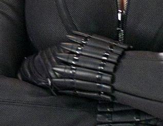 Gauntlettes - Black Widow.jpg