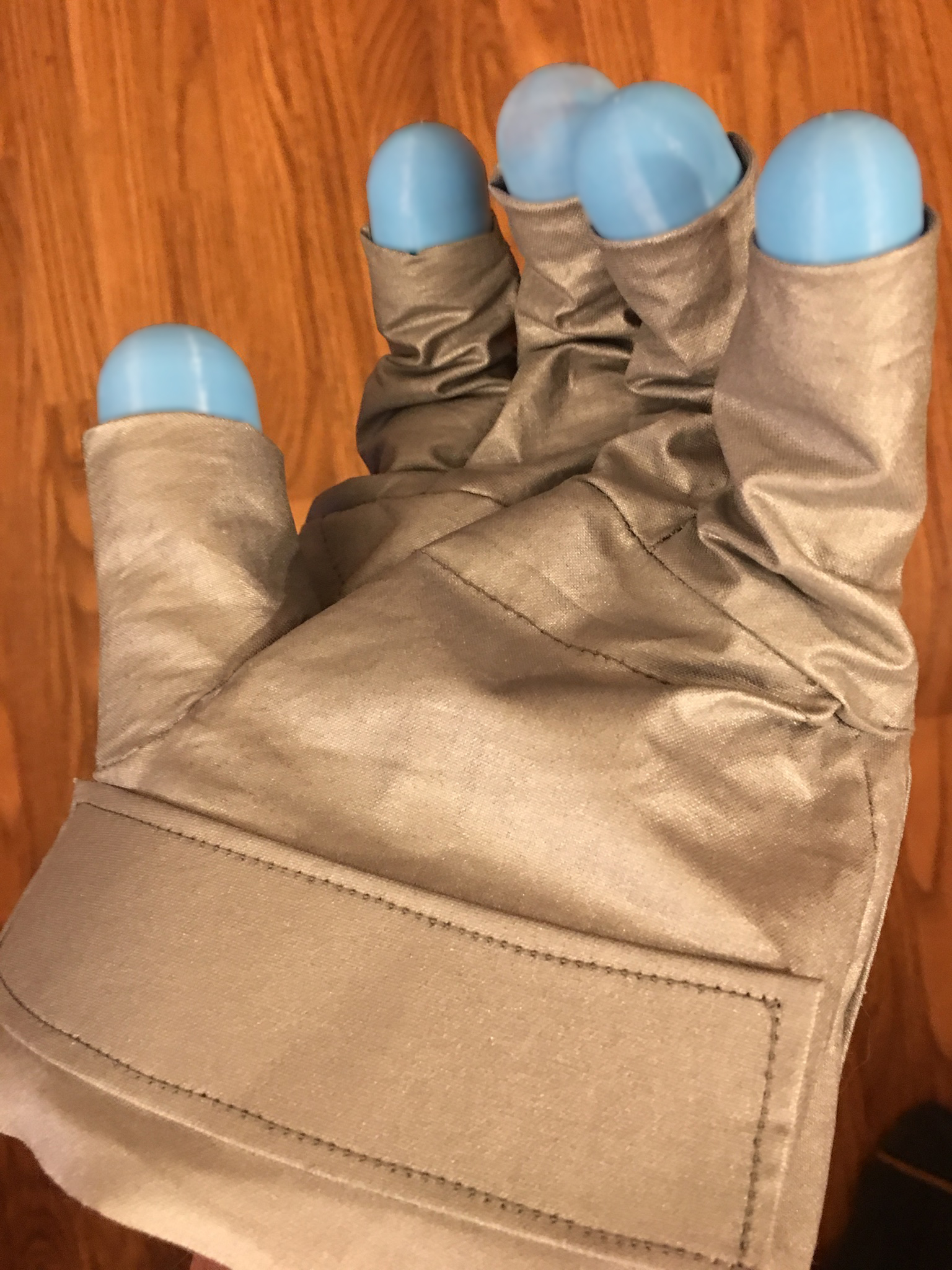 Glove pattern v4.2c-001.jpg