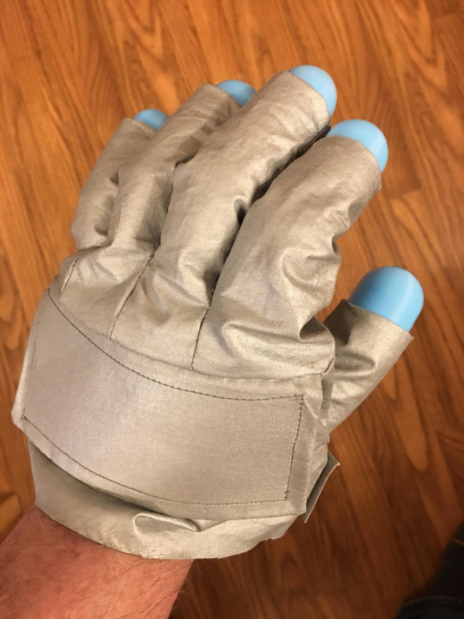 Glove pattern v4.2c-002.jpg