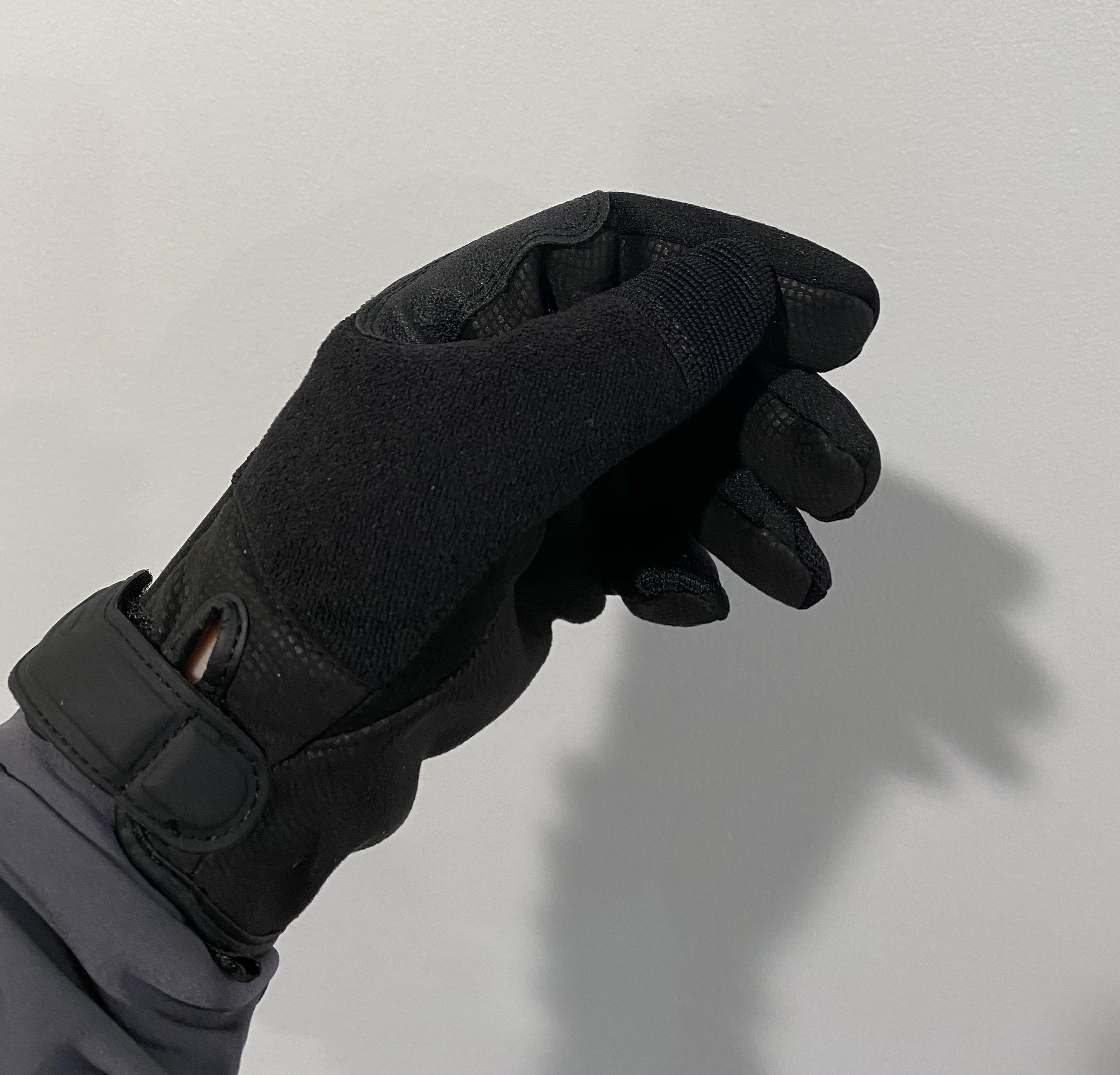 Gloves 2.jpeg