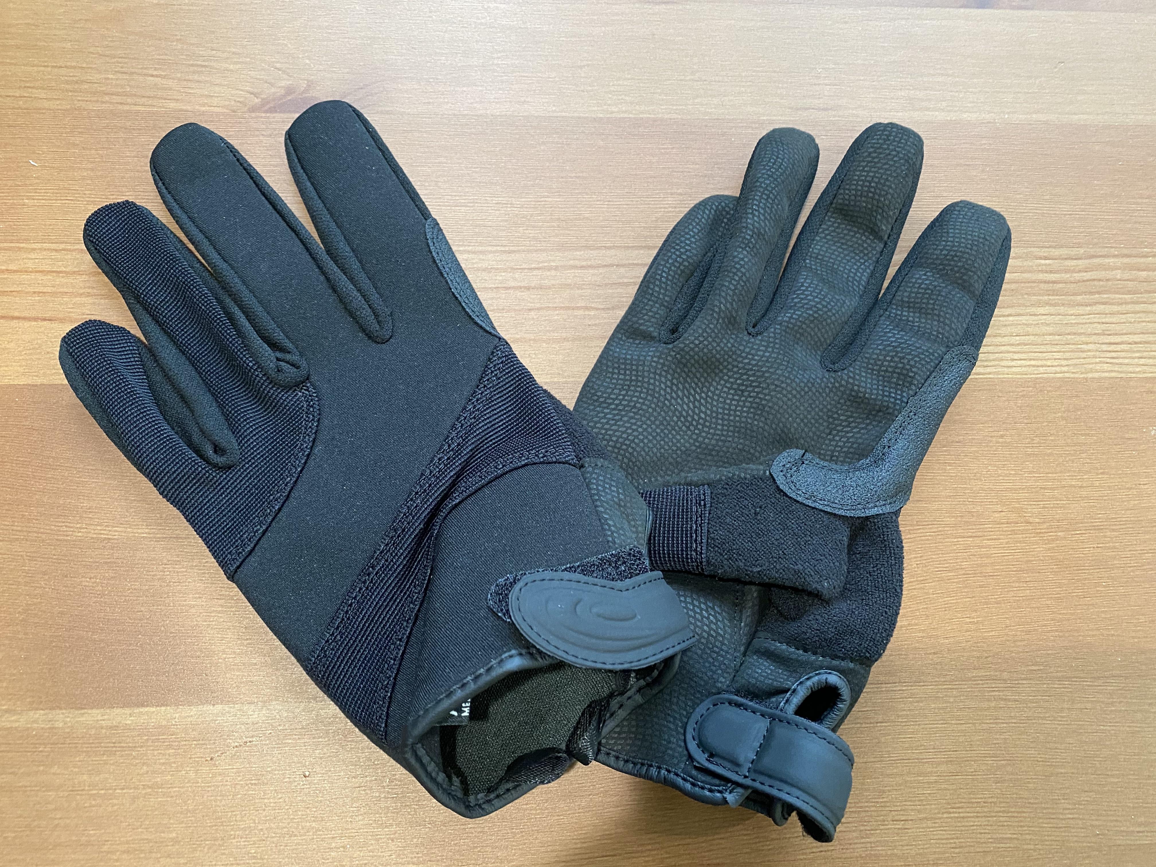 Gloves 3.jpeg