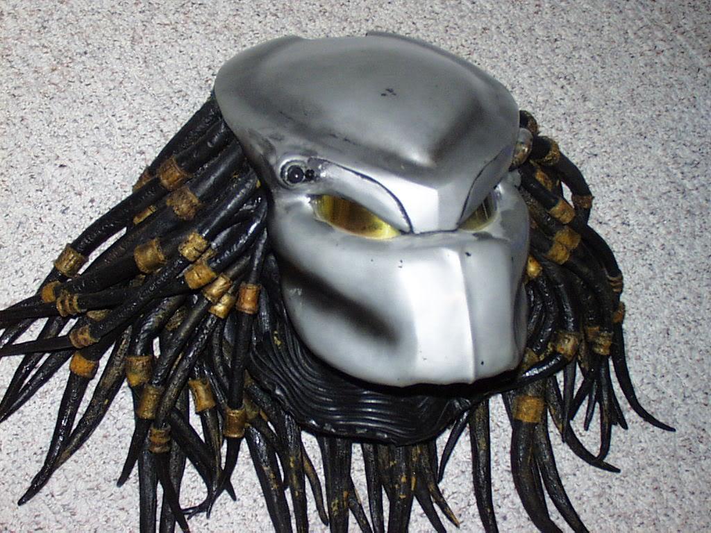 guantletmask2001.jpg