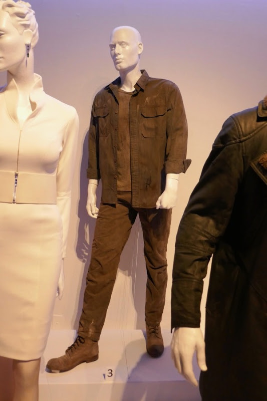Blade Runner 2049 Props And Replicas Page 48 Rpf Costume And Prop Maker Community
