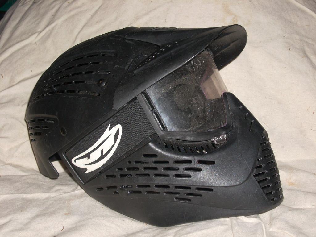 Helm2b.JPG