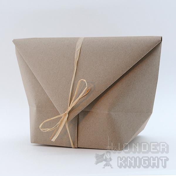 Howler origami embalage.JPG