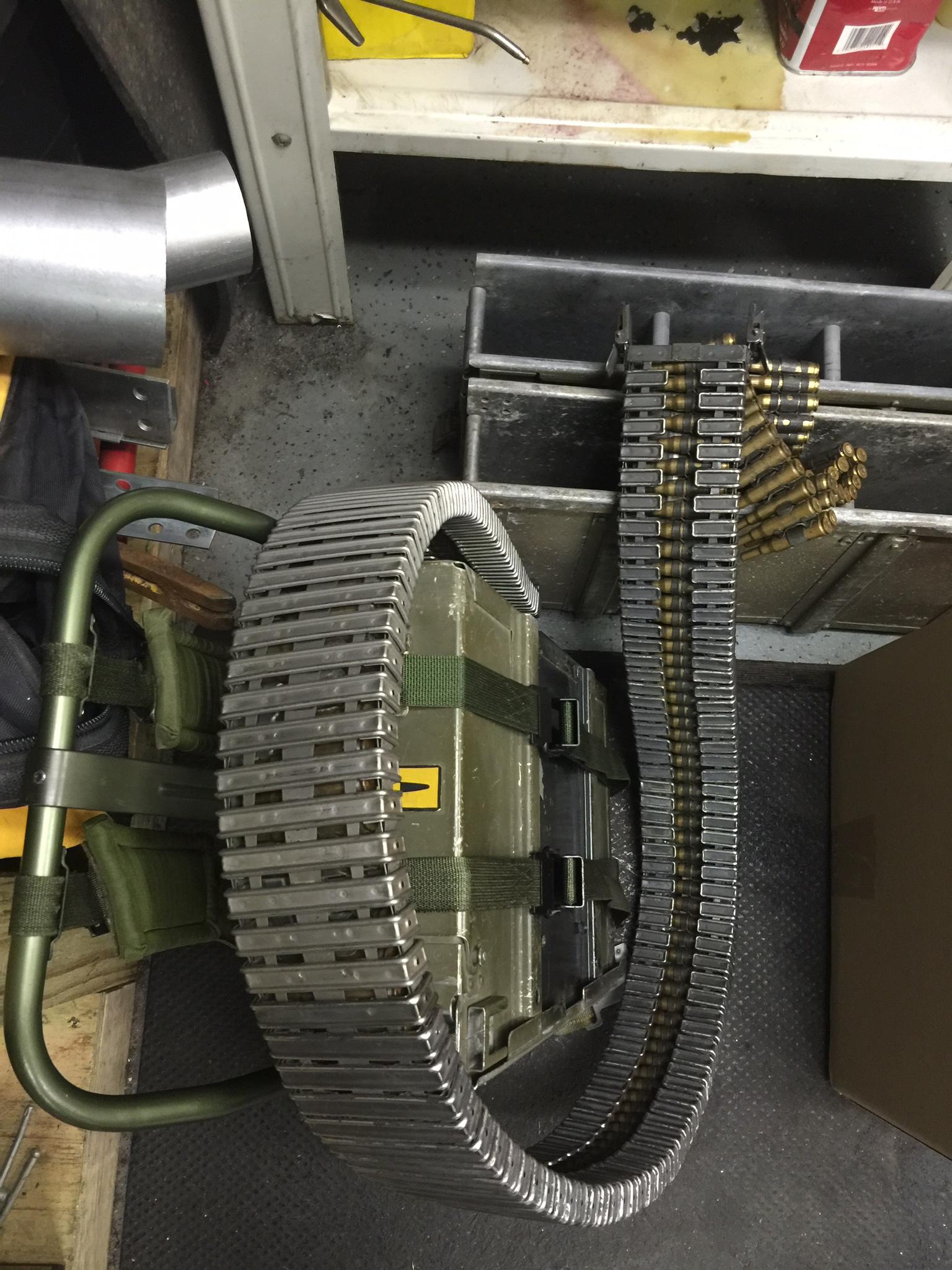 M134 Predator Minigun Ol' Painless, building a exact replica