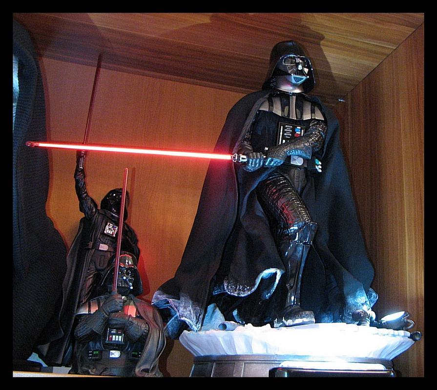 Iron_Studios_Darth_Vader_Legacy_statue_24.jpg