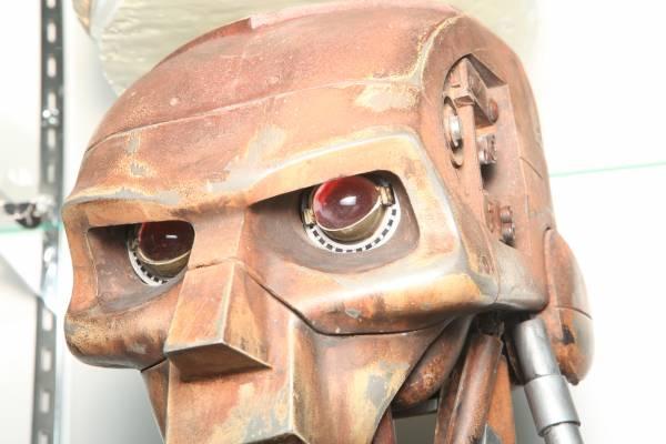 judge-dredd-abc-warrior-robot-head-15.jpg