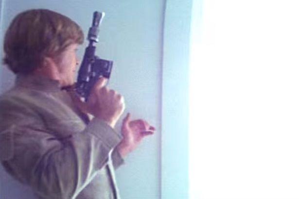 Luke-Skywalker-with-a-blaster-gun-in-the-Empire-Strikes-Back.jpg
