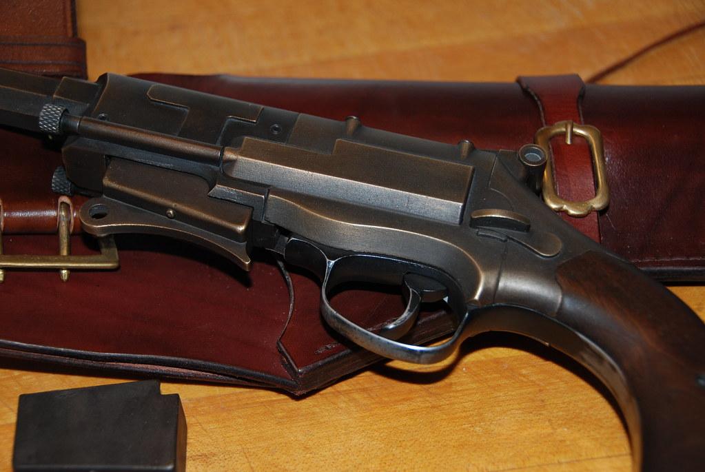 mal pistol 47 a.jpg