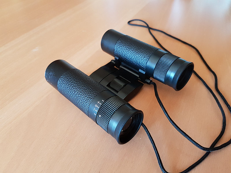 martys_binoculars_c.jpg