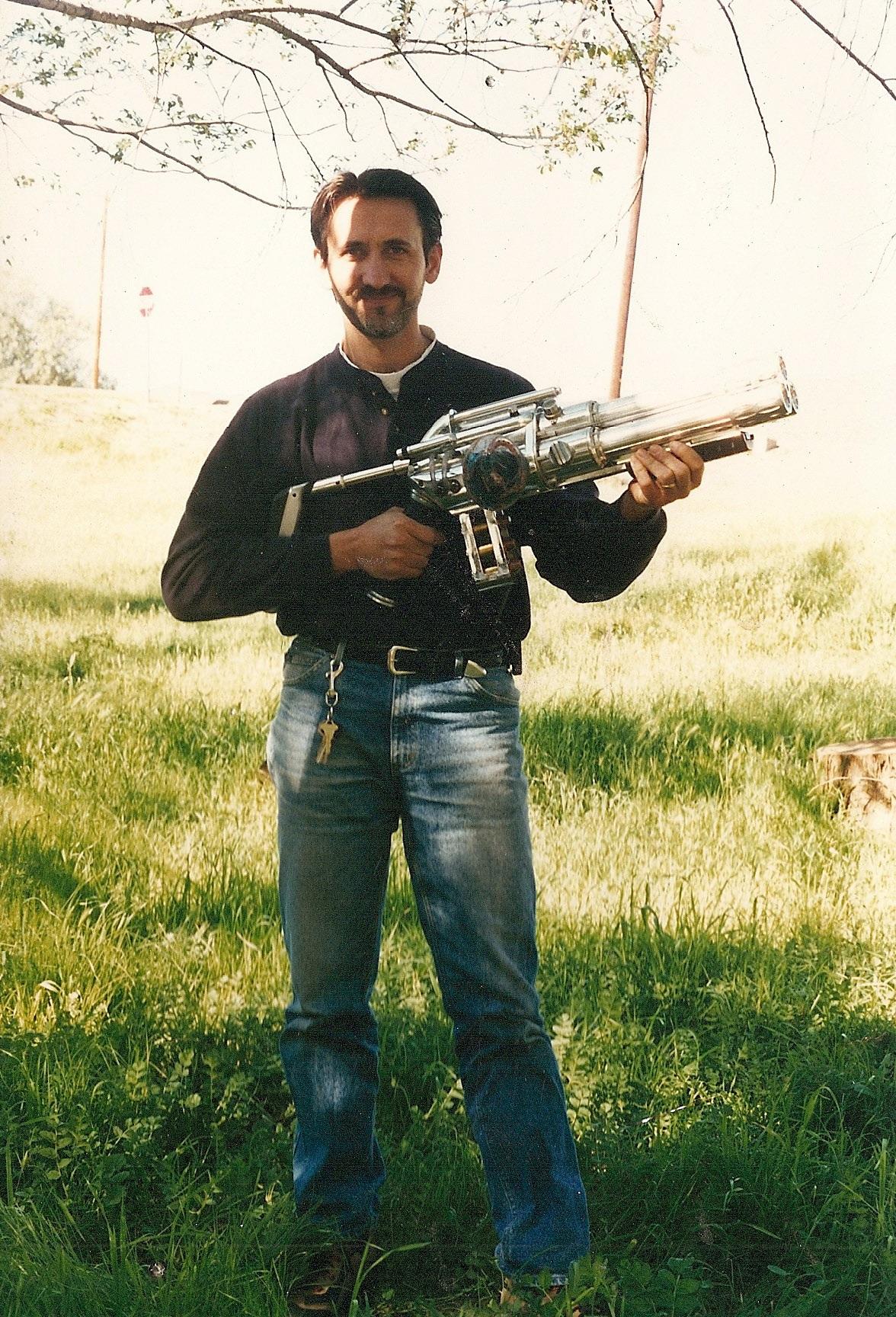MIB_Arquellian Arm Cannon-Real Prop (11).jpg