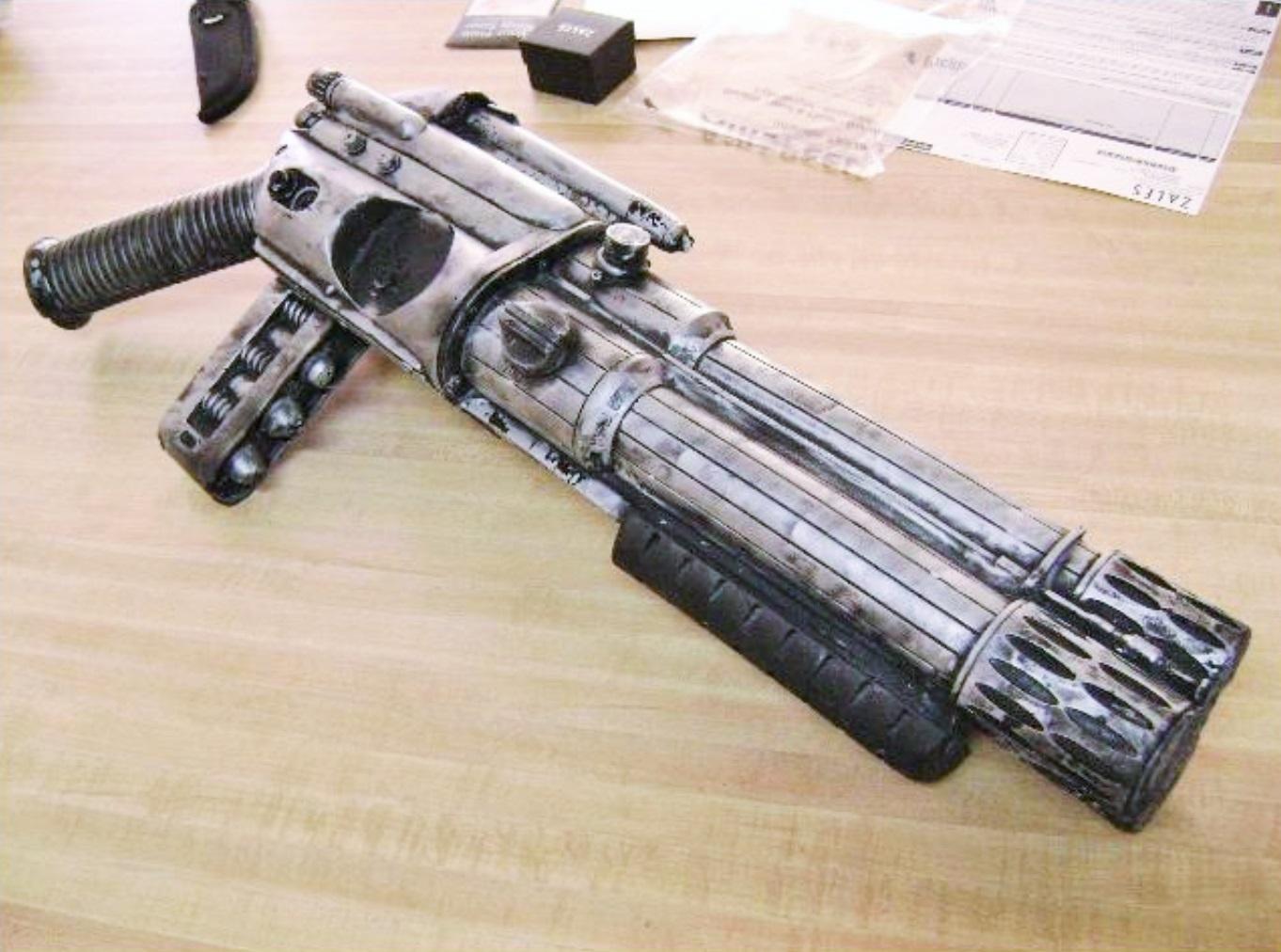 MIB_Arquellian Arm Cannon-Real Prop (9).jpg