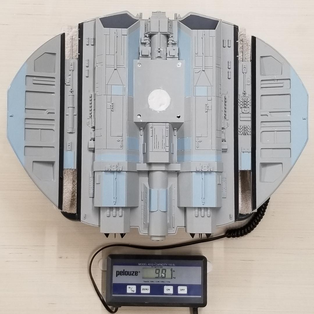 Moebius Cylon Raider 001.jpg