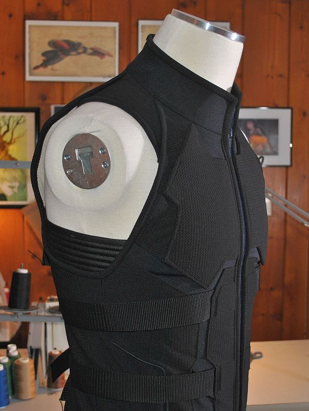n-monkey-vest-6.jpg