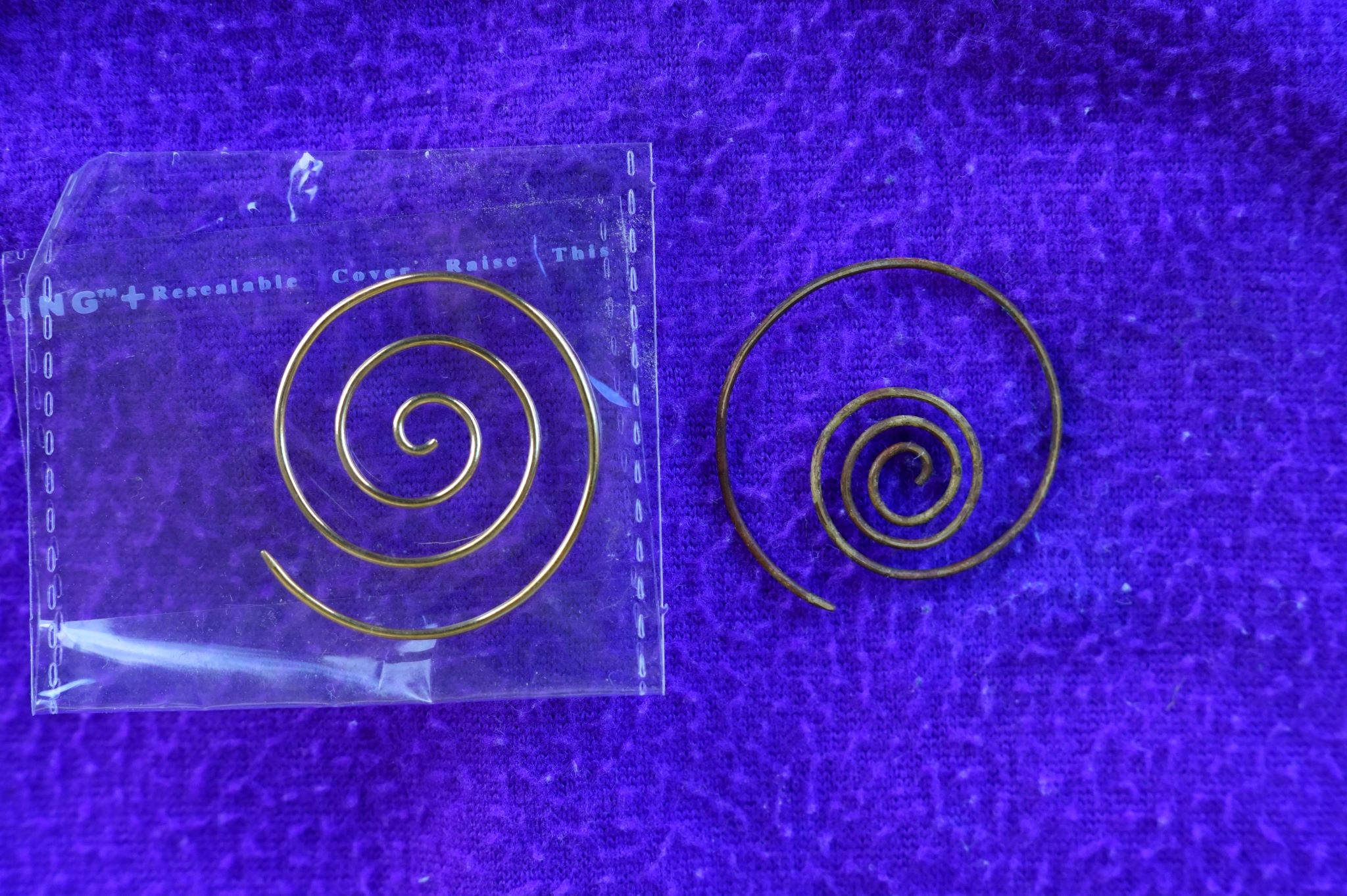 ndiana-jones-fate-of-atlantis-earring-before-after.jpg
