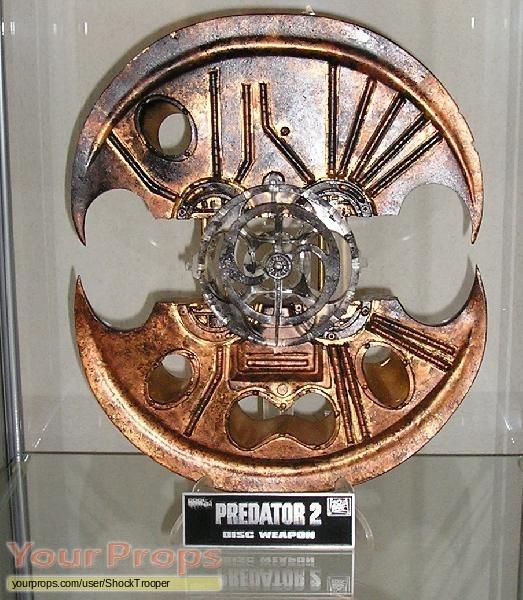 norm-48f067638c5f2-Predator%202%20(1990).jpe