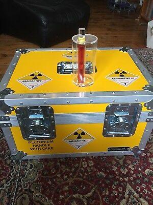 Plutonium-Case-Back-to-the-Future-Prop.jpg