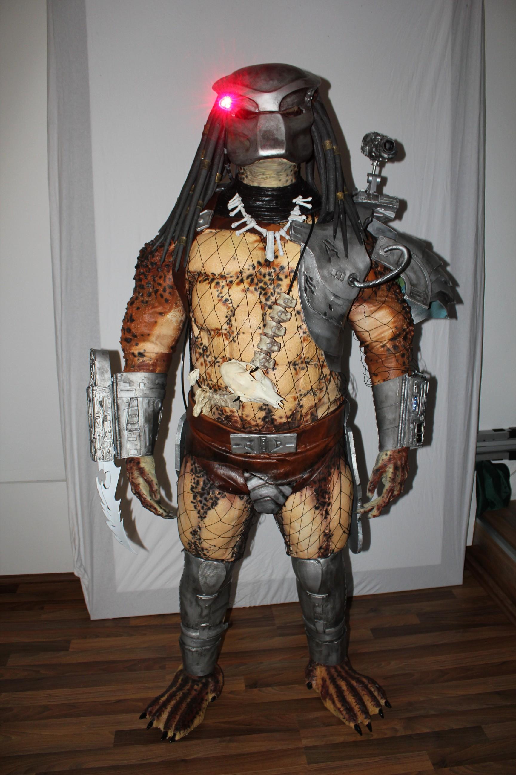 Predator_NeXus6_Helmet_2_sml.JPG