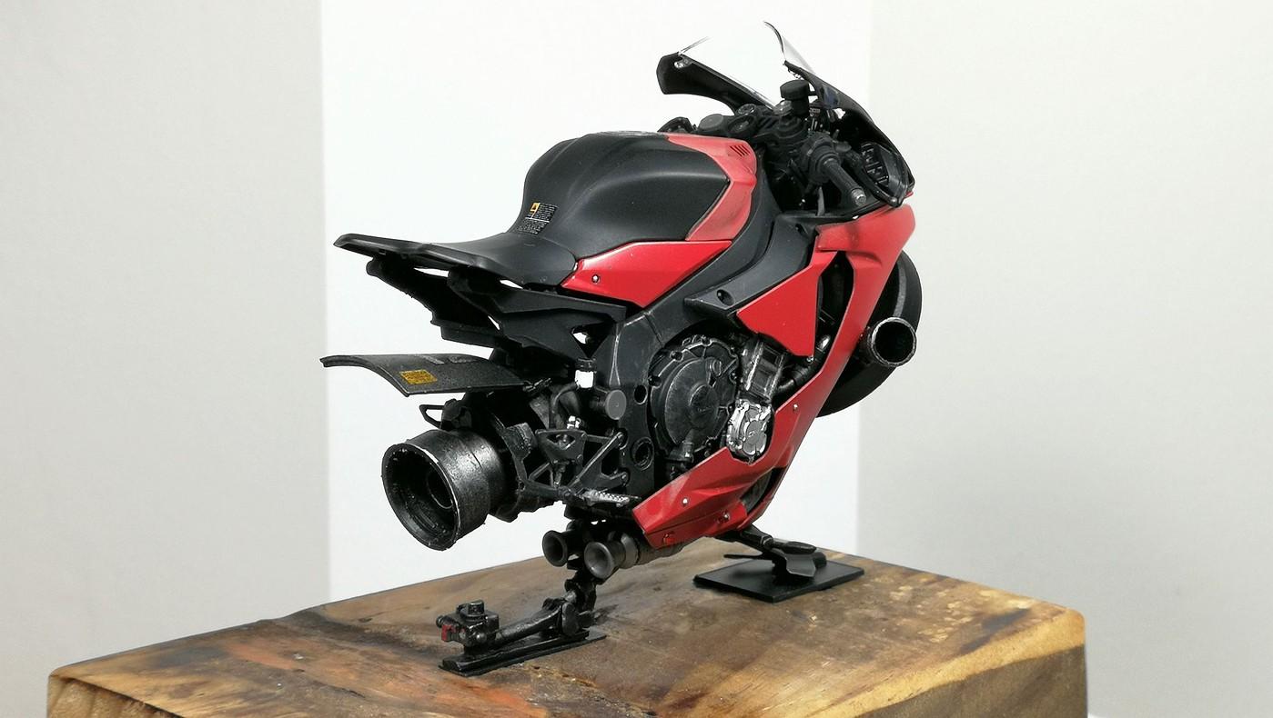 red_lighting_hover_bike3-vi.jpg