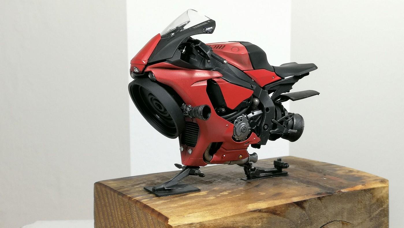 red_lighting_hover_bike5-vi.jpg