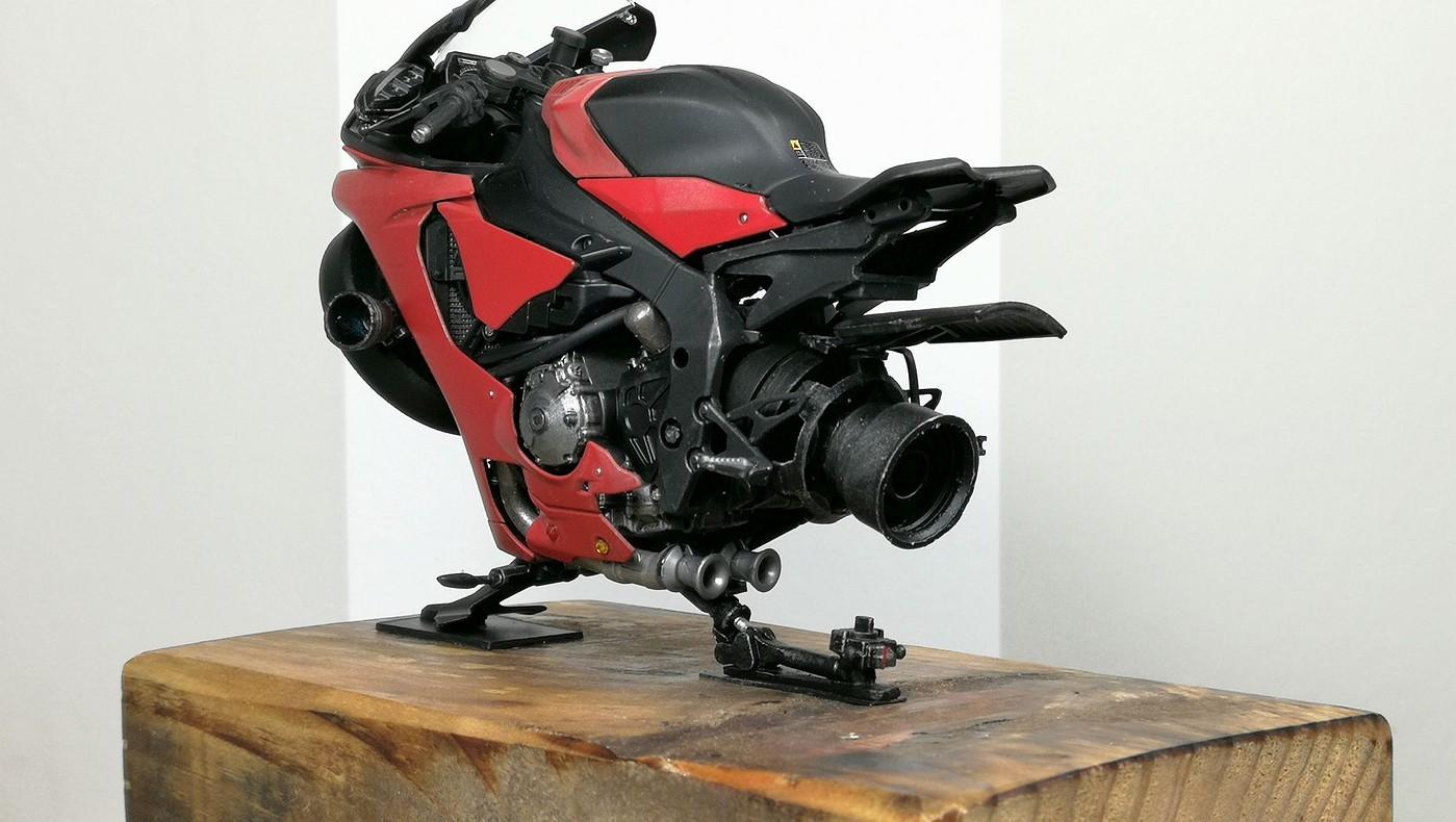 red_lighting_hover_bike7-vi.jpg