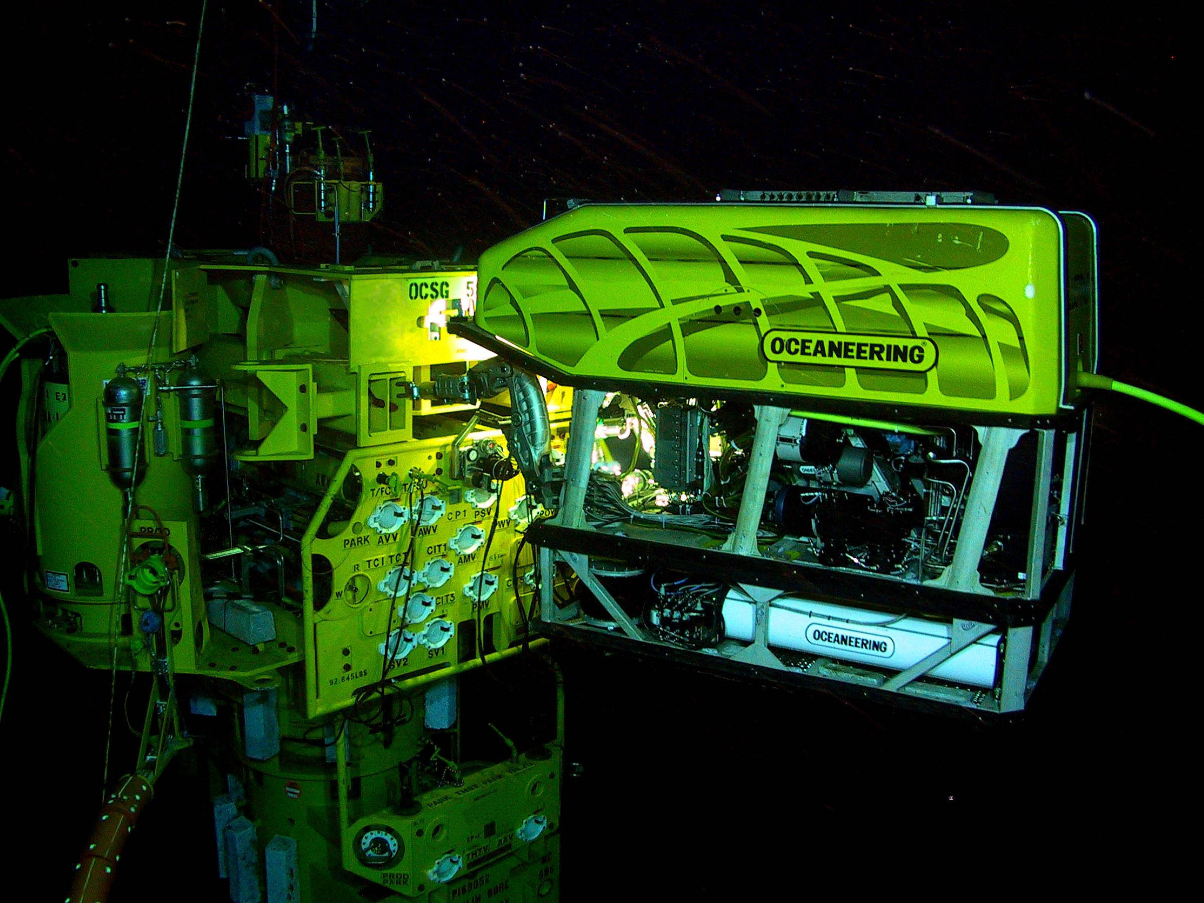 ROV_working_on_a_subsea_structure.jpg