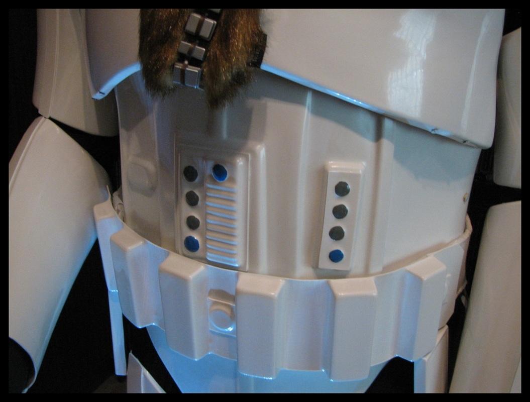 RS_Prop_Masters_Stormtrooper_armor_23.jpg