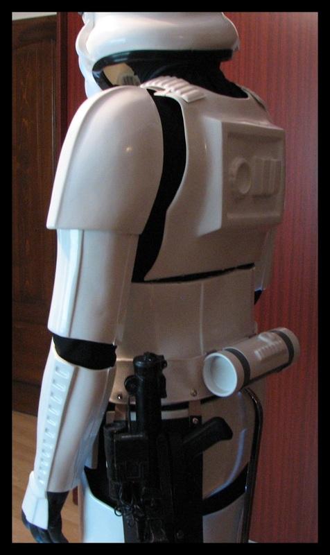 RS_Prop_Masters_Stormtrooper_armor_27.jpg