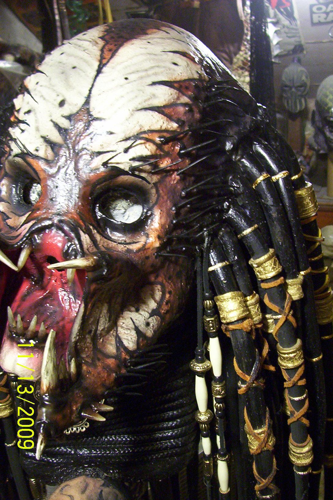 skulls_on_sticks_005.jpg