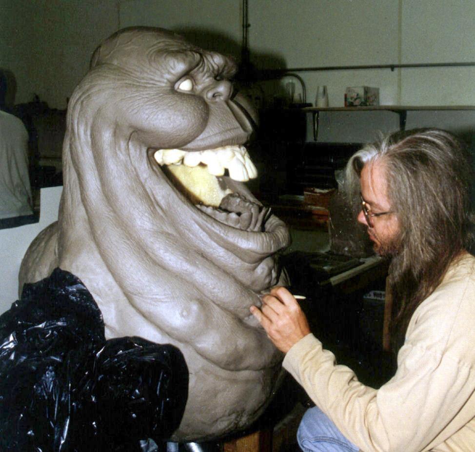Slimer-lifesized-sculptor-Andy-Schoneberg_1.jpg