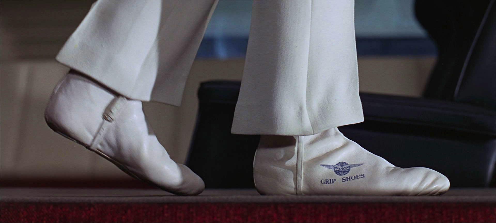Stewardess grip shoes_01.jpg
