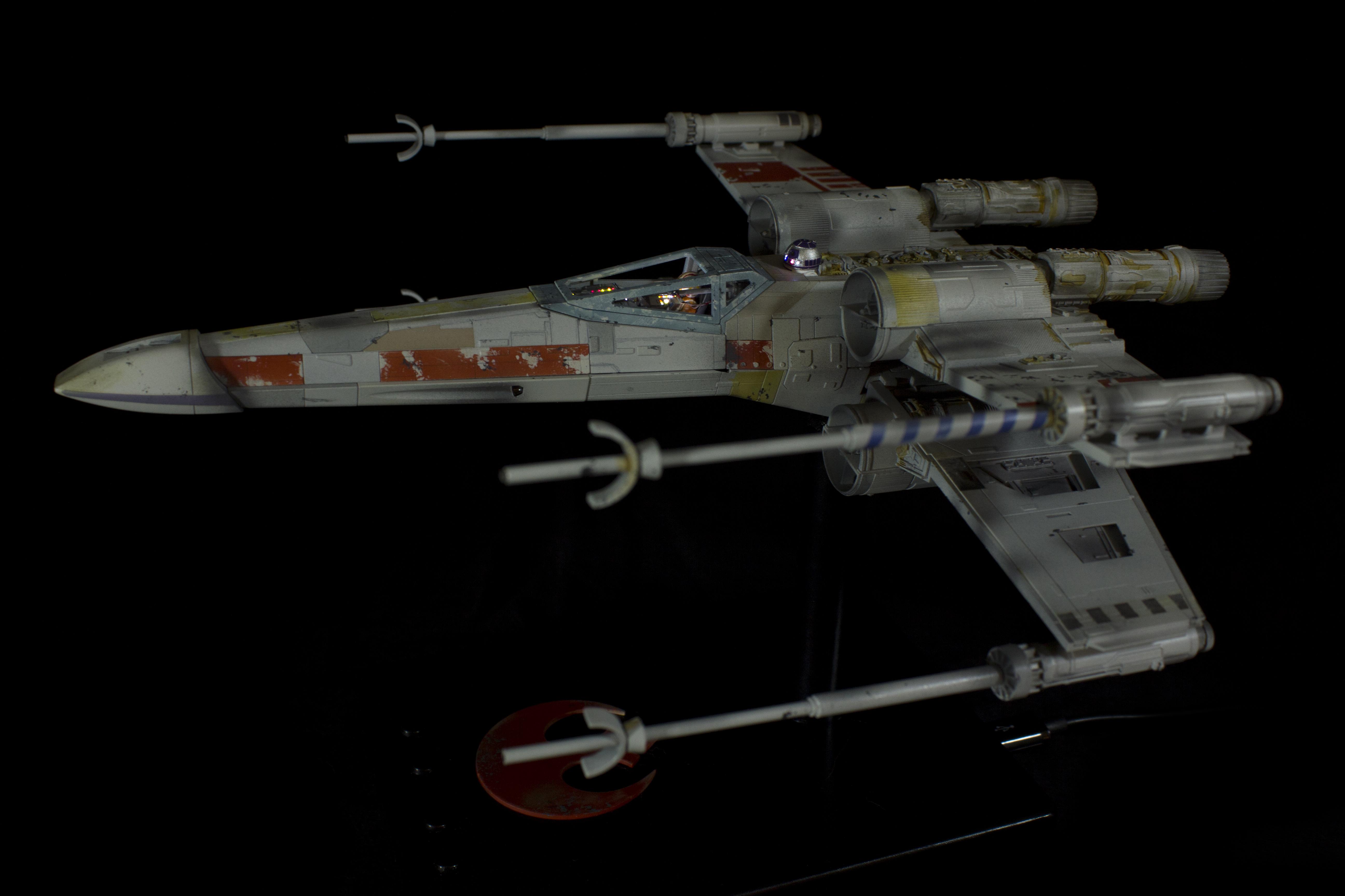 SW_X-Wing09.jpg